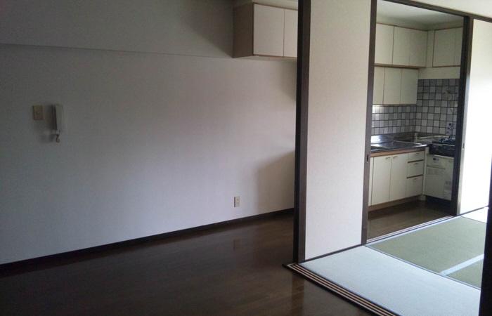 物件番号: 1068100478 クリスタルシャトウ  大阪市淀川区東三国6丁目 2DK マンション 画像2