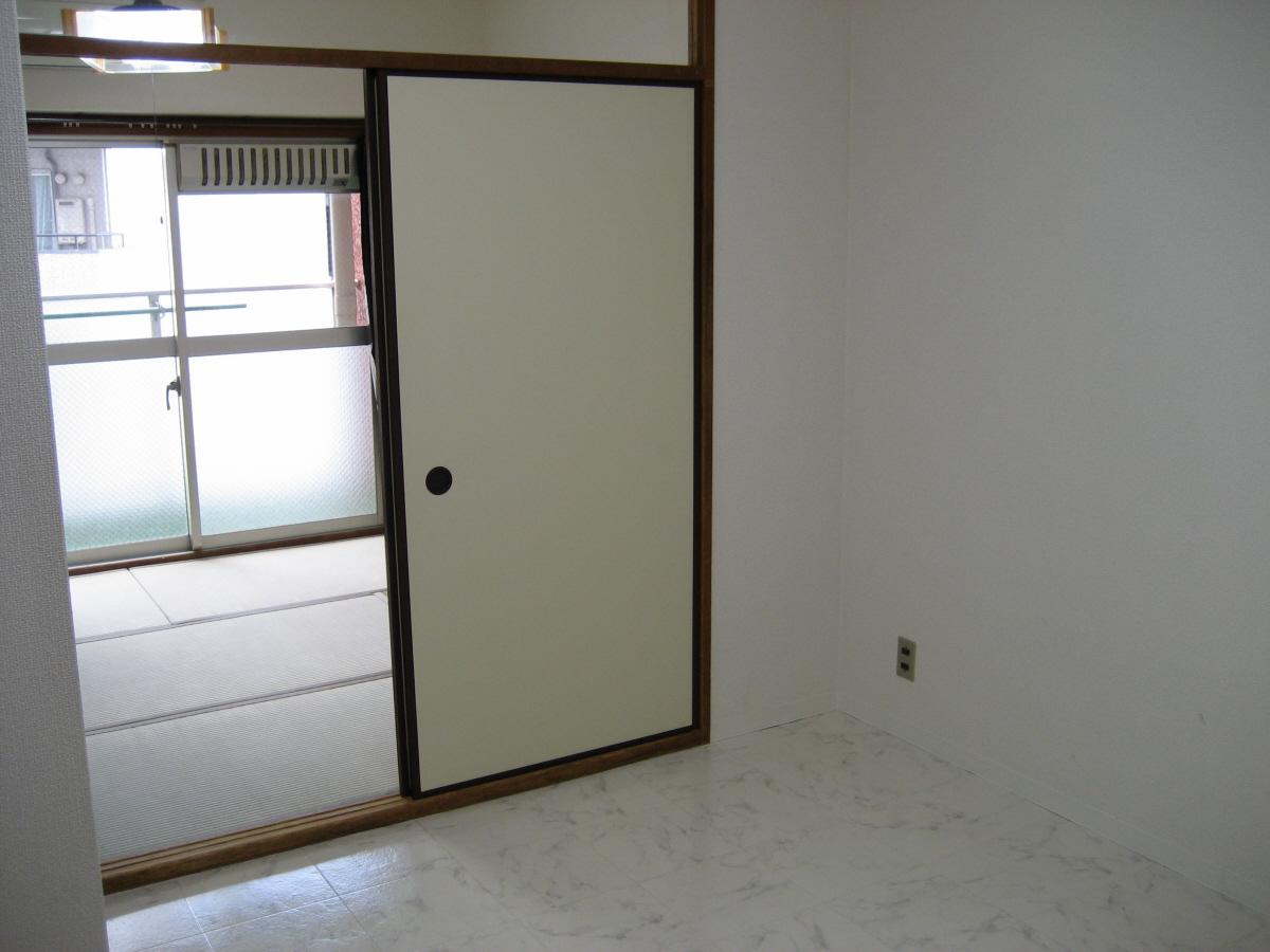物件番号: 1068133320 ライオンズマンション新大阪  大阪市東淀川区西淡路1丁目 1DK マンション 画像3
