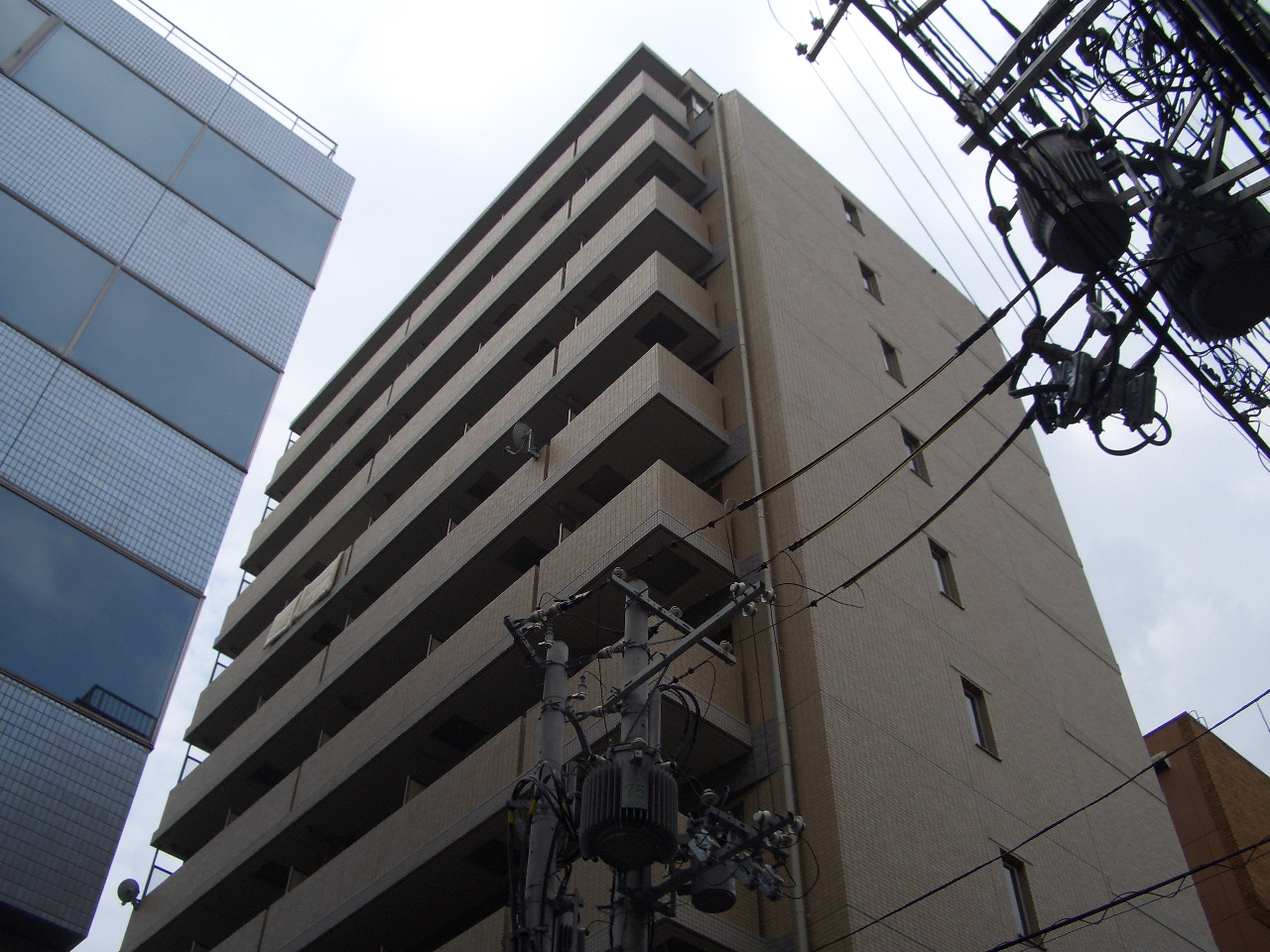 物件番号: 1068137358 S-FORT新大阪ravir  大阪市淀川区西中島3丁目 1R マンション 外観画像