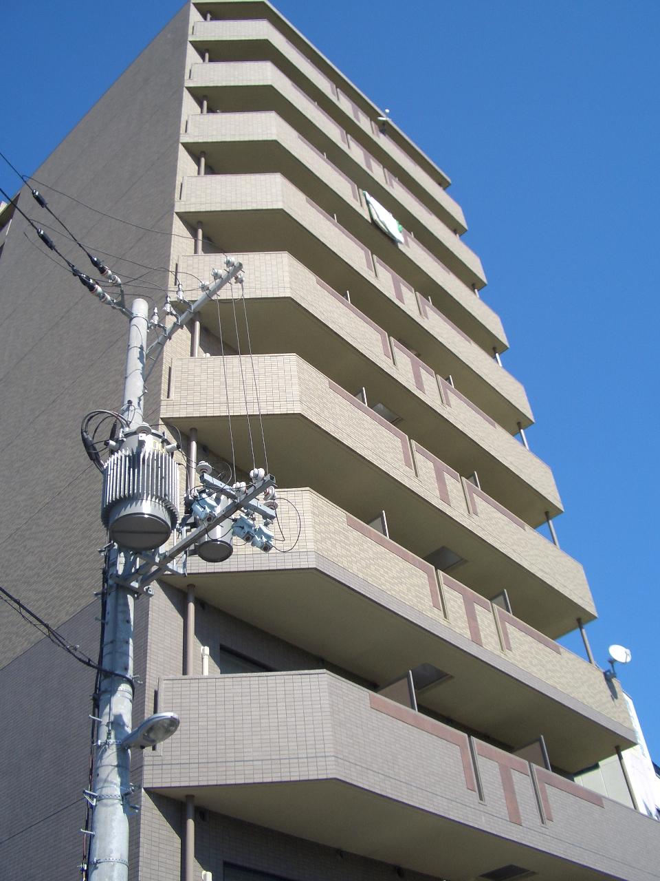 物件番号: 1068114251 ヴェリテ新大阪  大阪市淀川区西中島2丁目 1K マンション 外観画像
